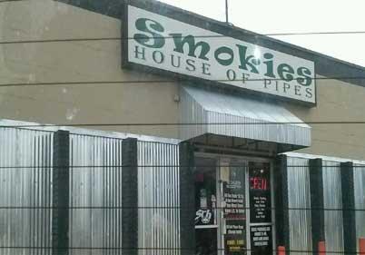 Smokies House of Pipes Arlington
