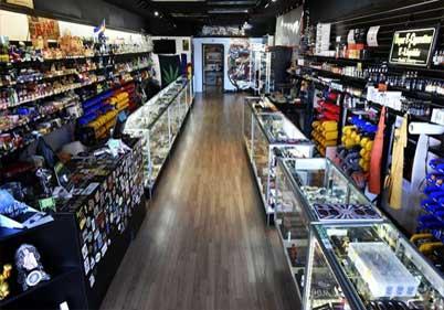 Tebb's Head Shop
