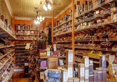 Edward's Pipe & Tobacco Shop